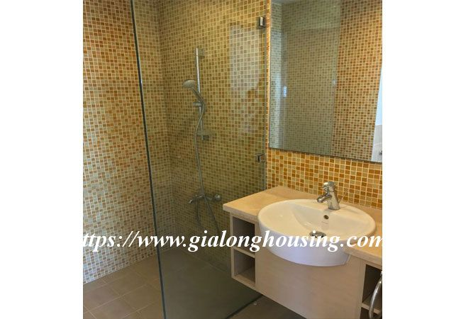 Lake view high floor apartment in Golden Westlake 9