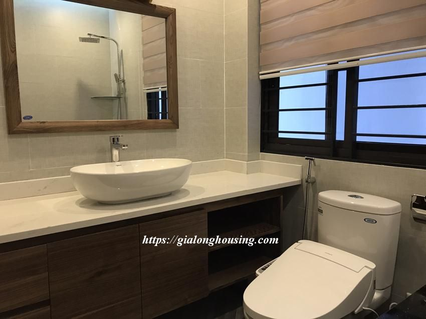 Brand new serviced apartment in Tran Quoc Hoan, Cau Giay for rent 11