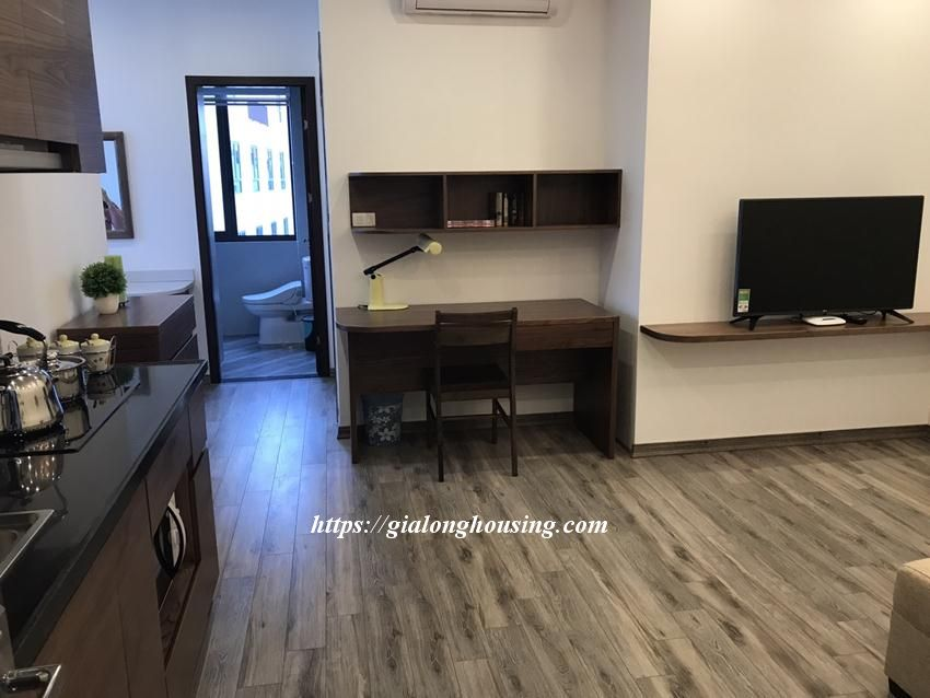 Brand new serviced apartment in Tran Quoc Hoan, Cau Giay for rent 2
