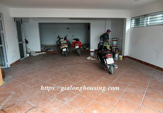Lake front unfurnished house with car garage, Dang Thai Mai 3
