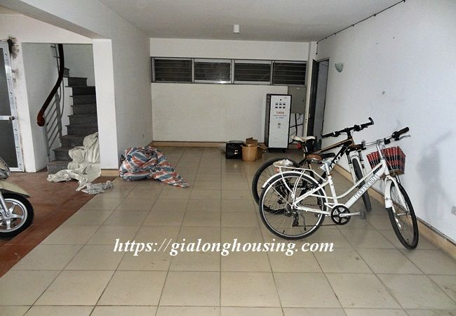 Lake front unfurnished house with car garage, Dang Thai Mai 4