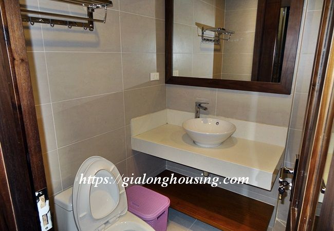 Studio apartment with bathtub in Tay Ho street 6