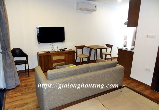 Studio apartment with bathtub in Tay Ho street 9