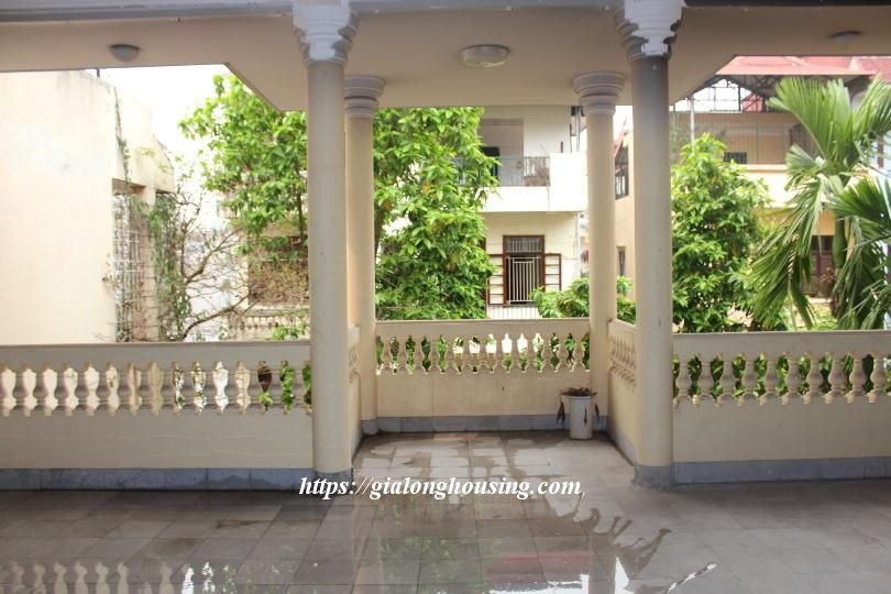 Unfurnished house in Ton Duc Thang, suitable for house/office/kindergarten 13