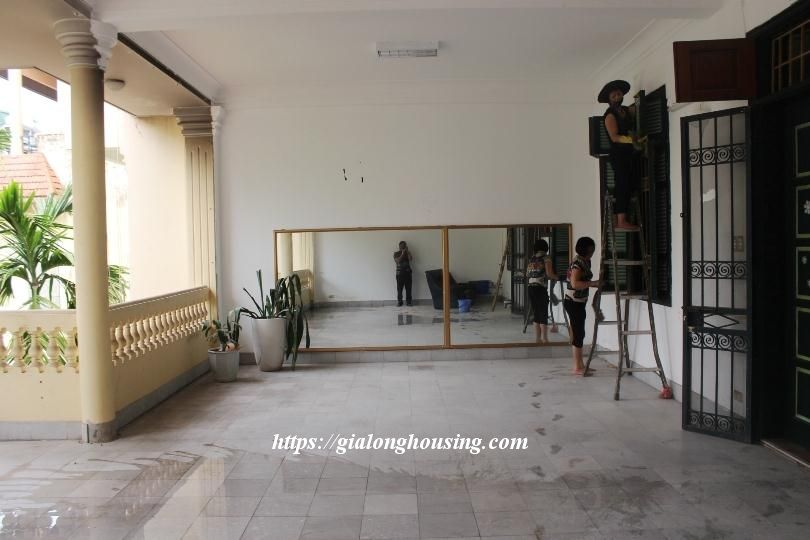 Unfurnished house in Ton Duc Thang, suitable for house/office/kindergarten 15