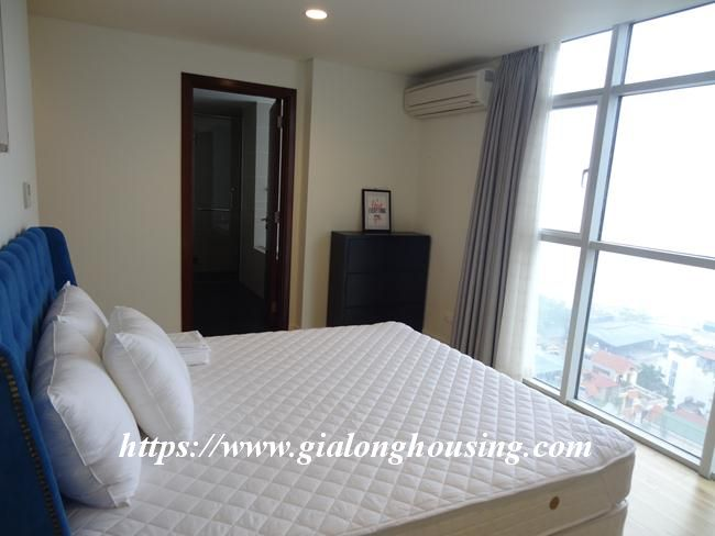 Brand new 3 bedroom apartment for rent in Watermark building 11