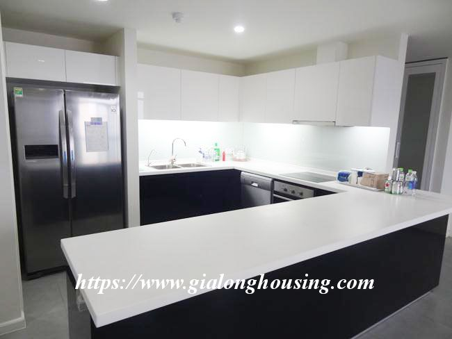 Brand new 3 bedroom apartment for rent in Watermark building 6