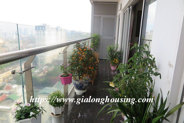 Luxurious high floor apartment in Lancaster Nui Truc 10