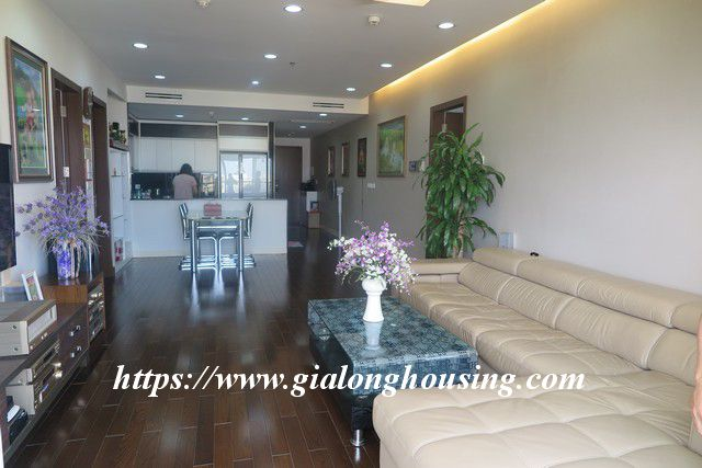 Luxurious high floor apartment in Lancaster Nui Truc 12