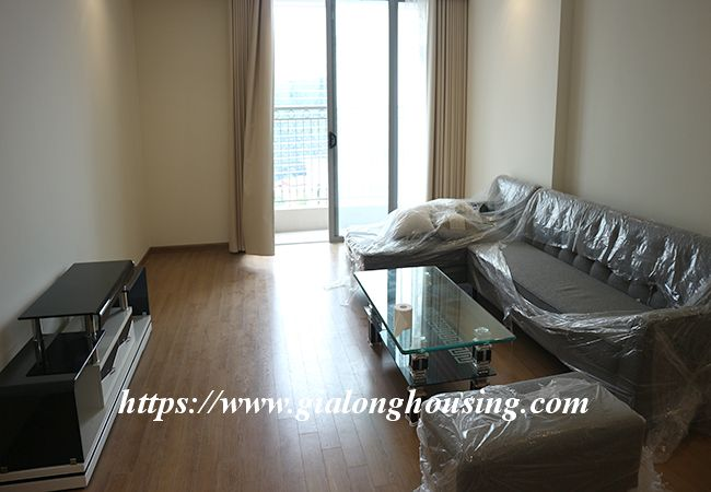 Four bedroom apartment in high floor of Vinhomes Nguyen Chi Thanh 3