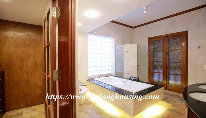 Gorgeous villa in Ton Duc Thang, Ba Dinh for rent 11