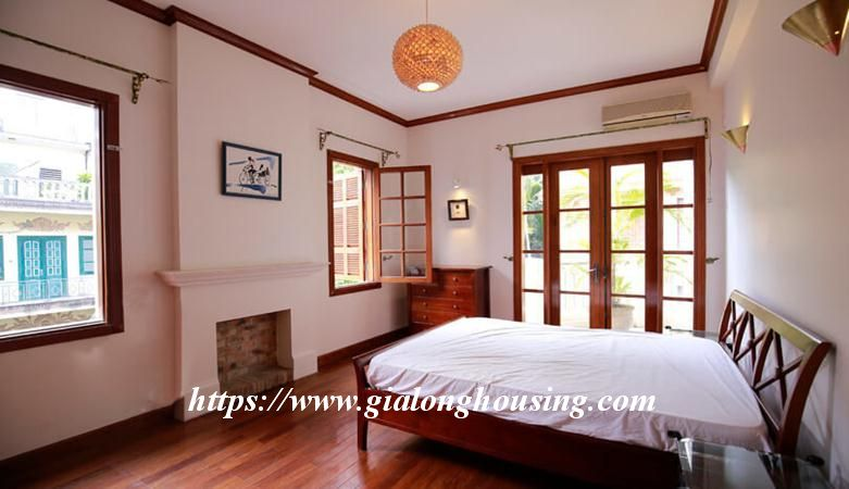 Gorgeous villa in Ton Duc Thang, Ba Dinh for rent 15