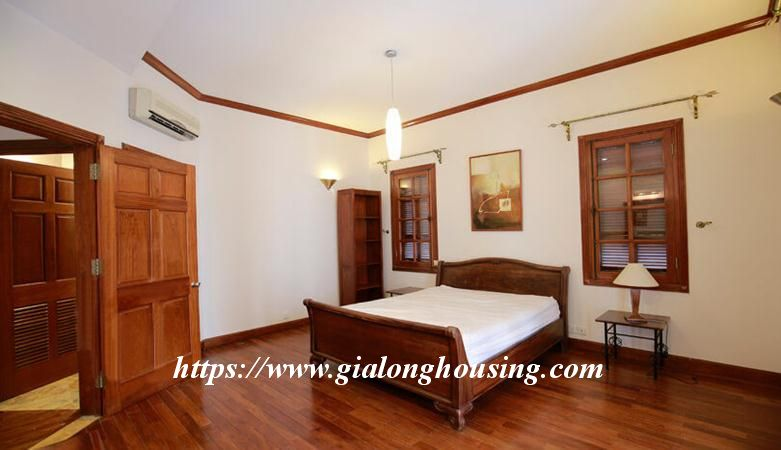 Gorgeous villa in Ton Duc Thang, Ba Dinh for rent 7