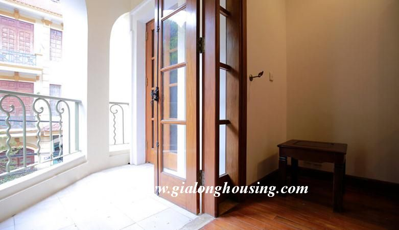 Gorgeous villa in Ton Duc Thang, Ba Dinh for rent 9