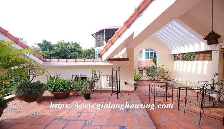 Gorgeous villa in Ton Duc Thang, Ba Dinh for rent 2