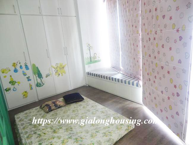 Totally renovated apartment in high floor of R1 building 8