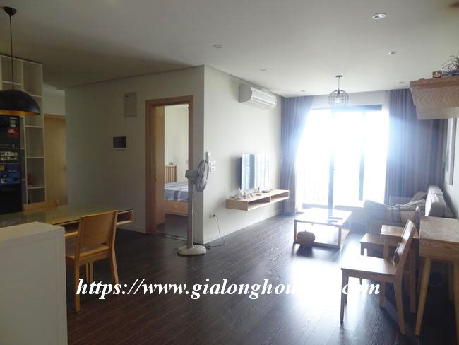 Big beautiful apartment in Green Stars building, Pham Van Dong $700 15