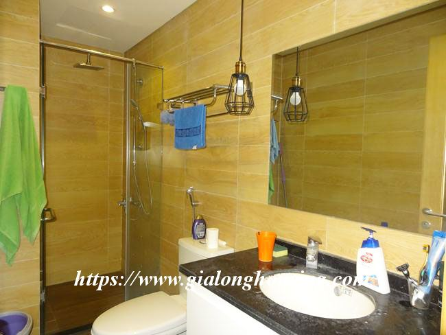 Big beautiful apartment in Green Stars building, Pham Van Dong $700 4