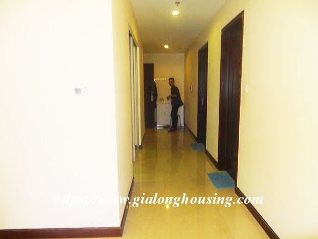 Big apartment in R5 low floor for rent immediately 1