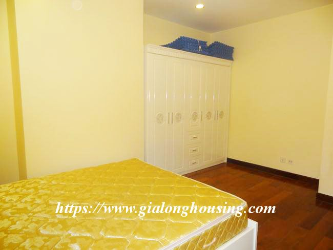 Big apartment in R5 low floor for rent immediately 4