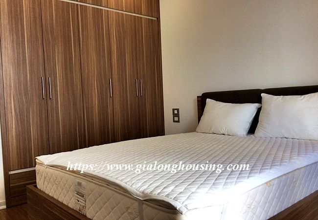 Beautiful large apartment for rent in Tay Ho street 10