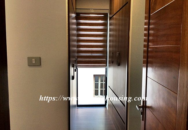 Beautiful large apartment for rent in Tay Ho street 17