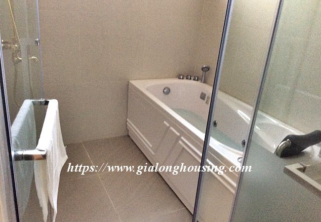 Beautiful large apartment for rent in Tay Ho street 19