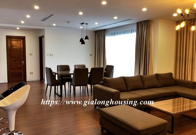 Beautiful large apartment for rent in Tay Ho street 7