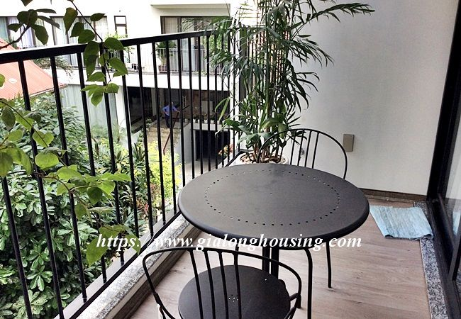 Beautiful large apartment for rent in Tay Ho street 8