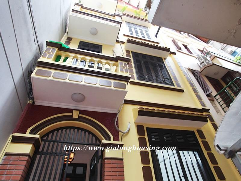 Small and warm house for rent near Sheraton, Tu Ho street 1