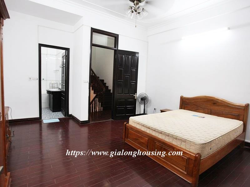Small and warm house for rent near Sheraton, Tu Ho street 9