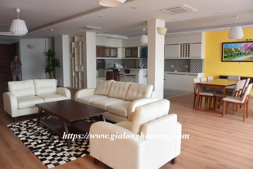 3 bedroom big apartment in To Ngoc Van for rent 2