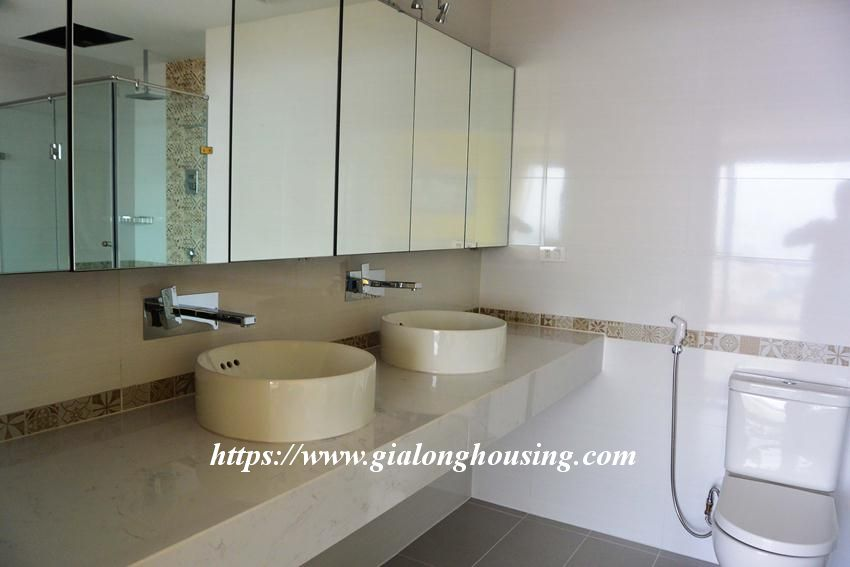 3 bedroom big apartment in To Ngoc Van for rent 9