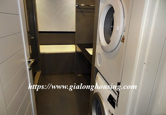Cozy and modern apartment in Tu Hoa, near Xuan Dieu for rent 5