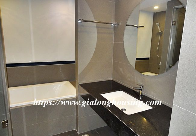 Cozy and modern apartment in Tu Hoa, near Xuan Dieu for rent 8