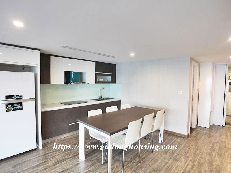 Lake front large apartment for rent in Tay Ho 5