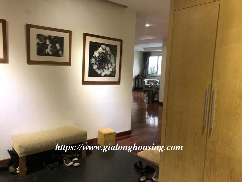 E5 4 bedroom apartment for rent 1