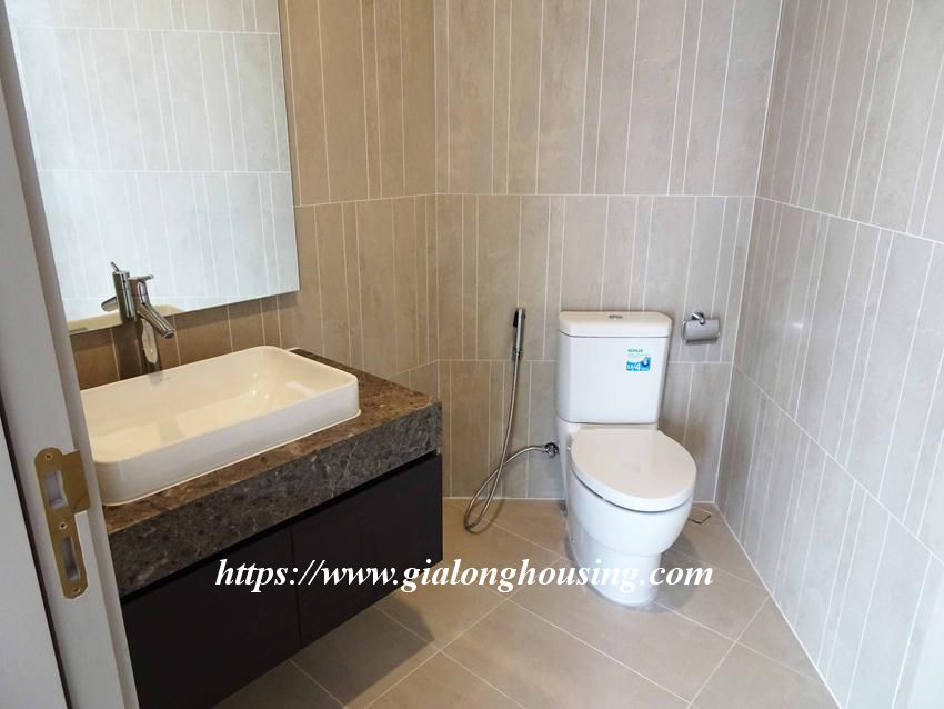 Sun Grand City 69B Thuy Khue : unfurnished apartment for rent 11