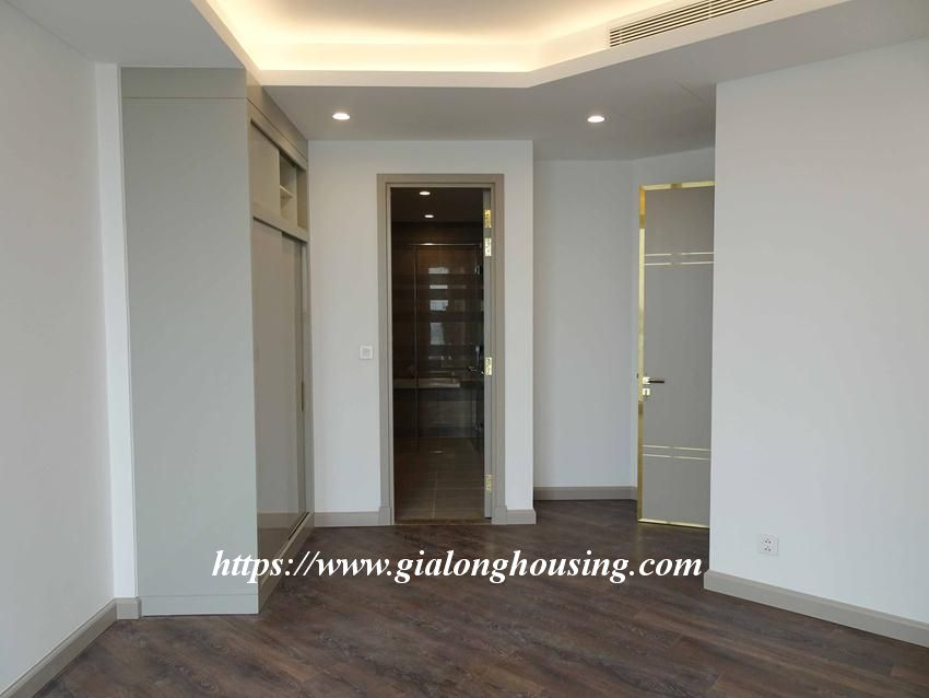 Sun Grand City 69B Thuy Khue : unfurnished apartment for rent 14