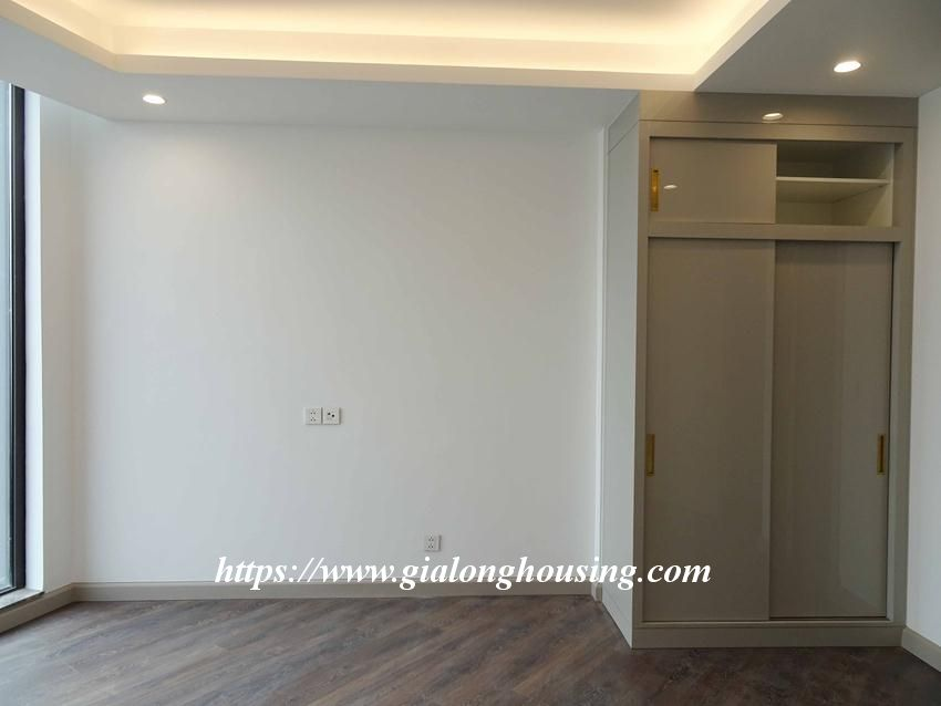 Sun Grand City 69B Thuy Khue : unfurnished apartment for rent 15