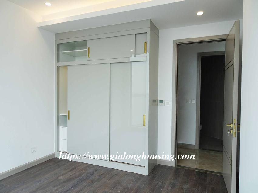 Sun Grand City 69B Thuy Khue : unfurnished apartment for rent 19