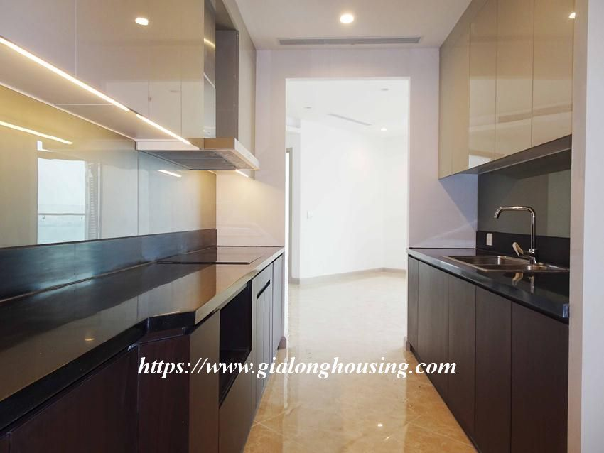 Sun Grand City 69B Thuy Khue : unfurnished apartment for rent 8