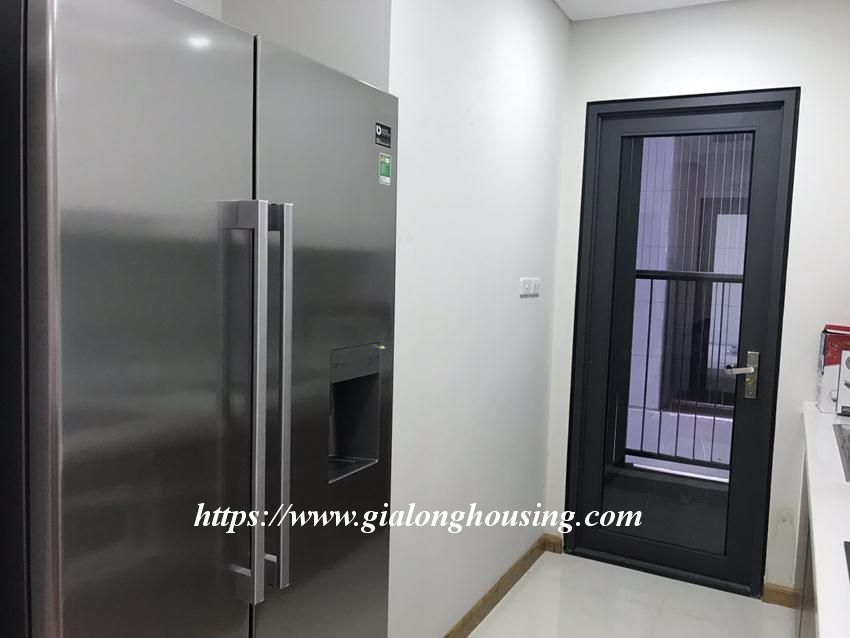 Brand new 2 bedroom apartment in Discovery Complex Cau Giay 7