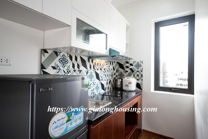 Brand new serviced apartment in Tran Quoc Vuong for rent 3
