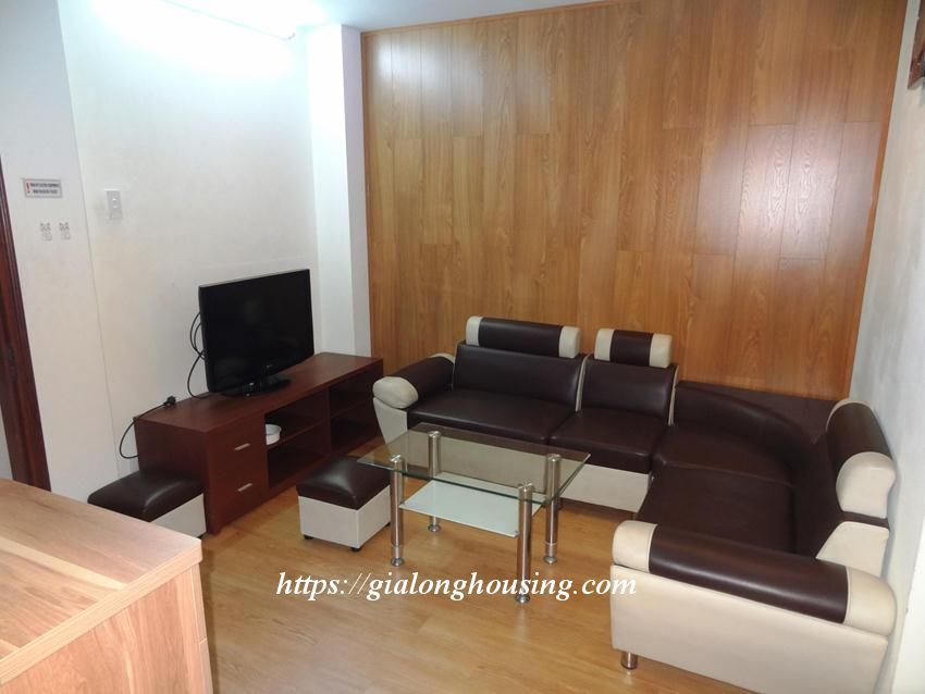Hoang Cau fully furnished apartment for rent 4