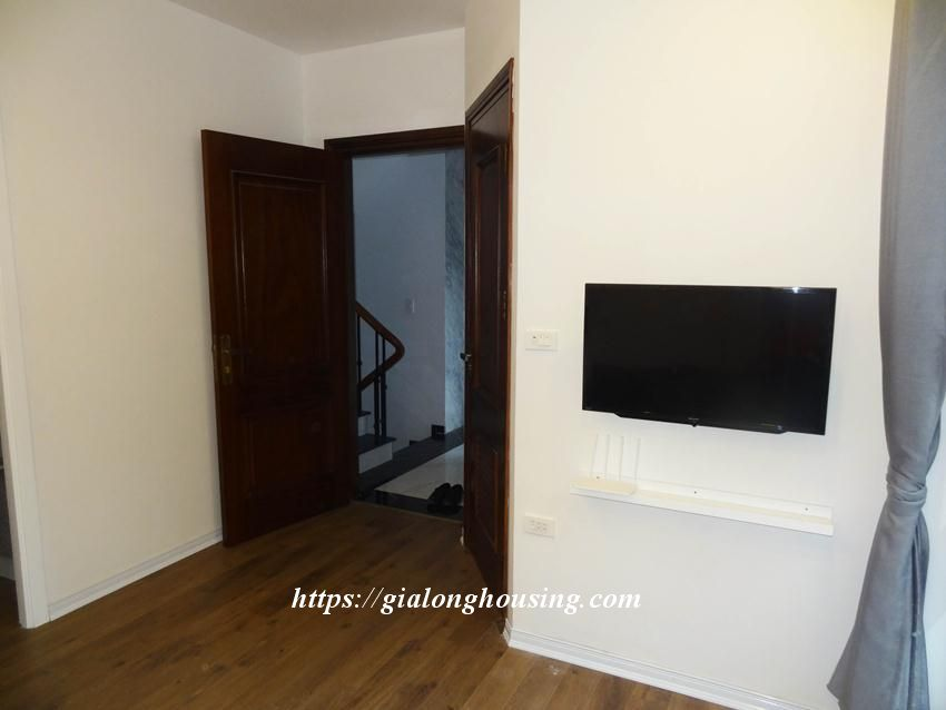 Cozy apartment in Doi Can for rent from today 4