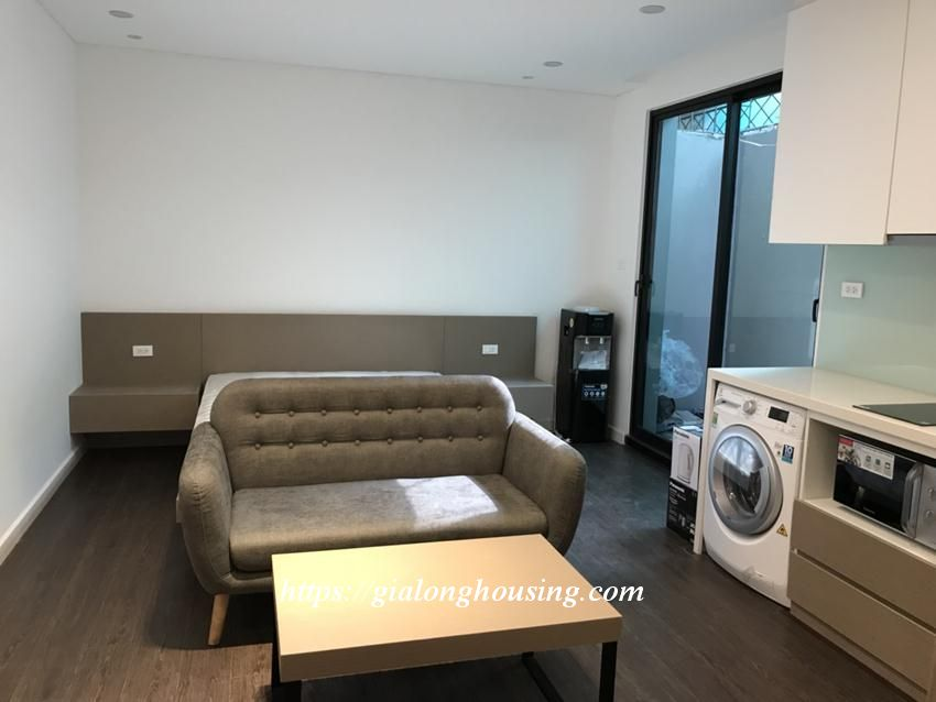 Studio apartment for rent in Tay Ho street: BRAND NEW 5