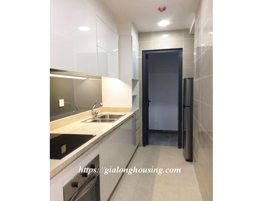 Nice apartment for rent in high floor, Le Trong Tan 11