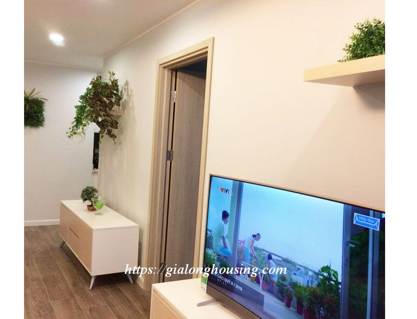 Nice apartment for rent in high floor, Le Trong Tan 9