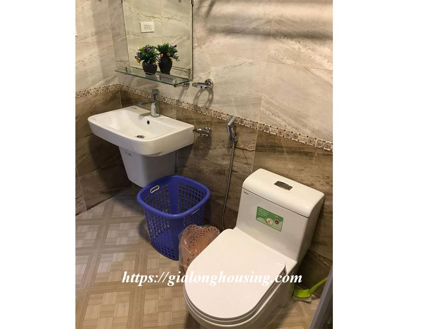 One bedroom apartment in De La Thanh for rent 12